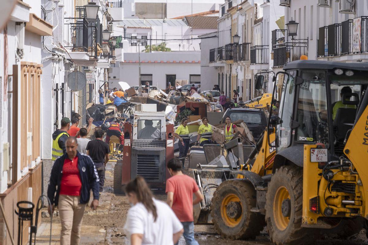 La gota fría congela el tiempo en Lepe  España