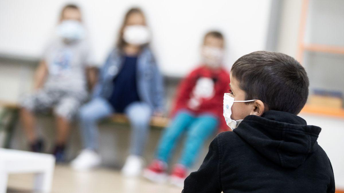 Las claves para volver a la escuela: ¿cuándo empiezan las clases?  ¿Sigue siendo obligatoria la mascarilla?  |  Educación