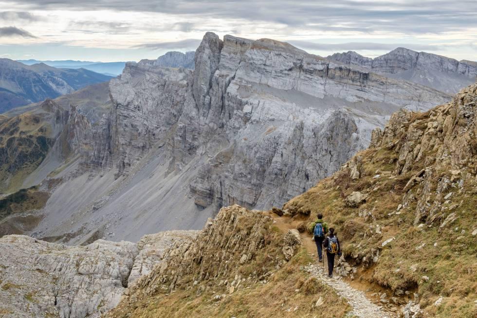 Los mejores senderos para descubrir picos, bosques y rincones naturales de Navarra a pie