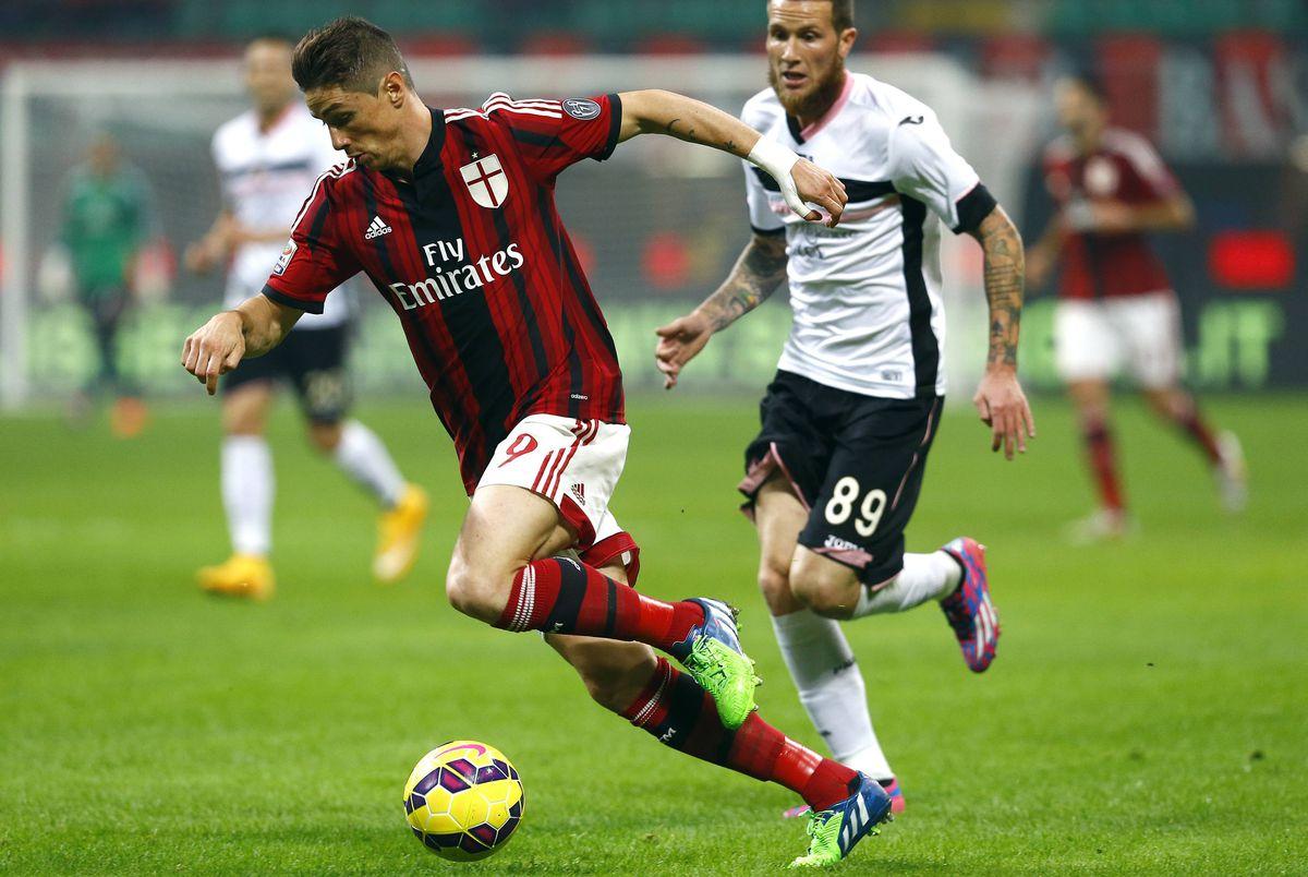 Milán: una afición para el club de Don Silvio  deporte