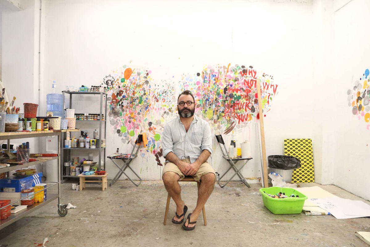 Quién es Javier Kaleha, el artista malagueño que está en la furia de Asia  Creadores  Diseño ICON