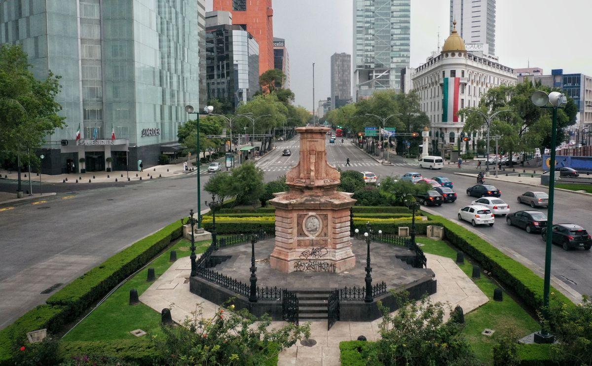 Reemplazar la estatua de Colón divide a los expertos: una decisión inteligente, una estupidez o un golpe a la memoria