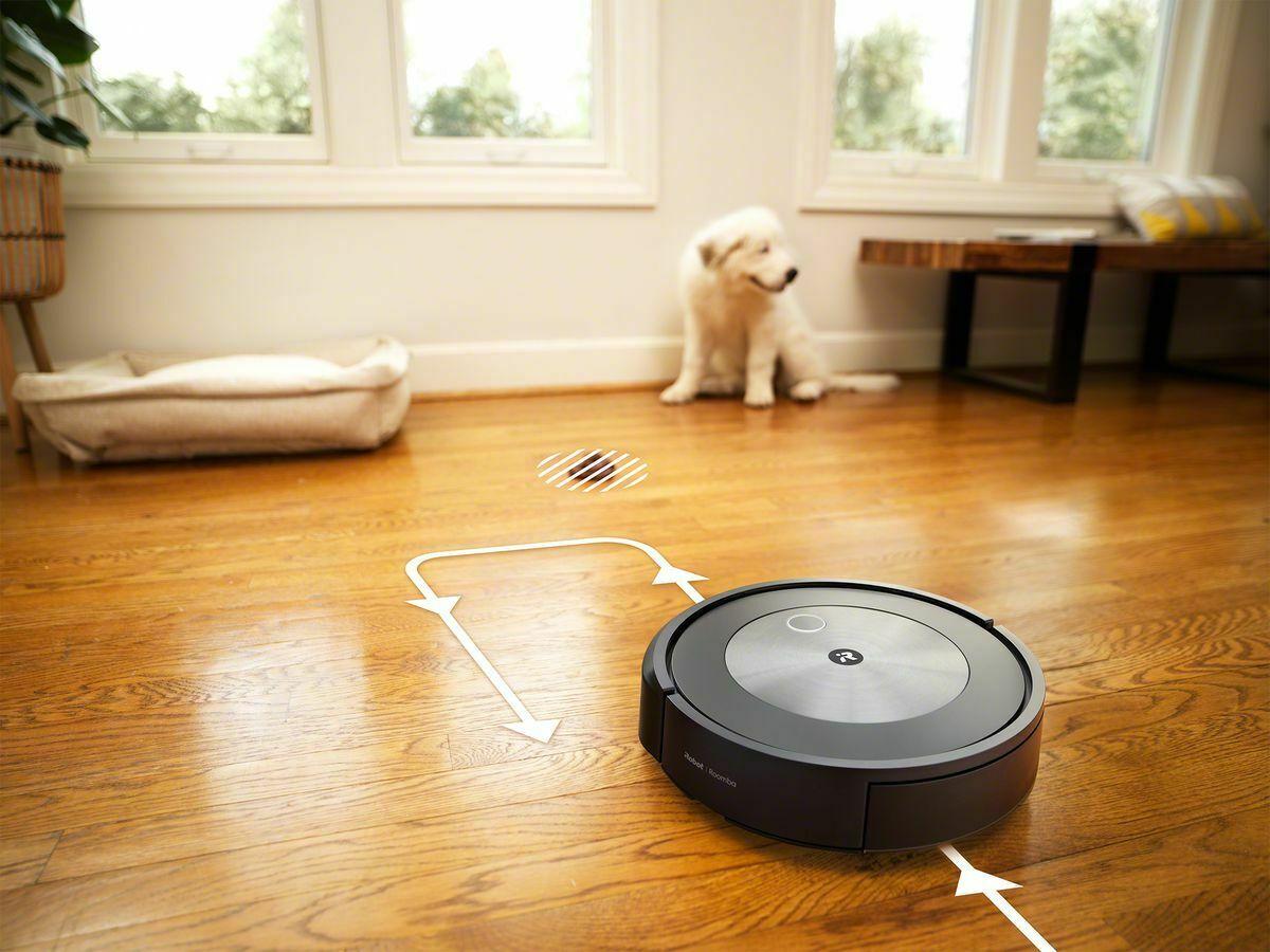 Roomba J7 +: la nueva aspiradora que promete evitar caca de perro y tragar calcetines    Tecnología