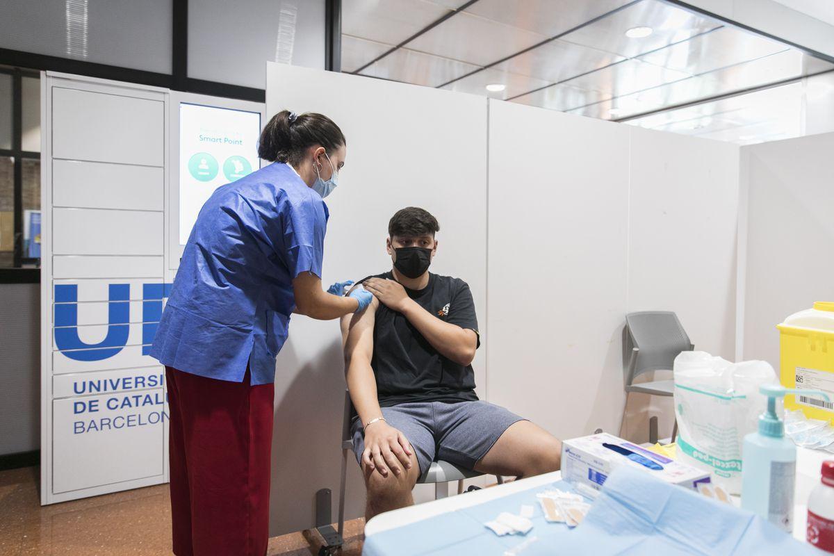 Salud y Comunidades ofrecen tercera dosis para inyectar en personas con cáncer y ancianos en residencias de ancianos |  Comunidad