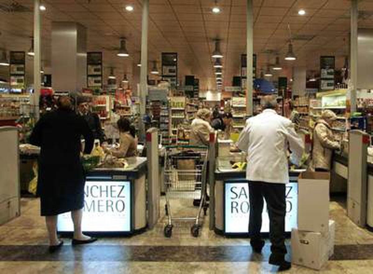 Sánchez Romero, la cadena de supermercados comprada por El Corte Inglés, la más cara un año más, según OCU    Ciencias económicas