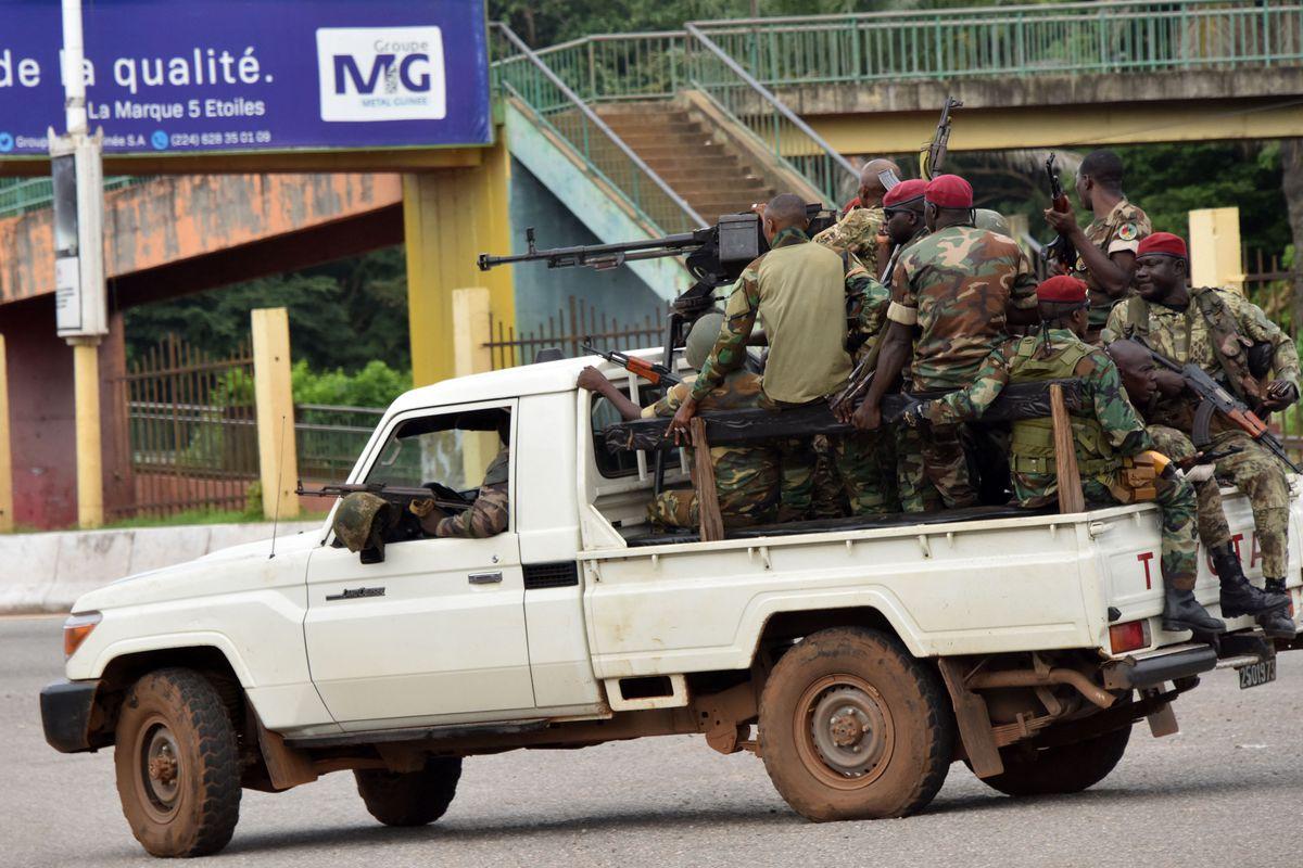 Un grupo de soldados da un golpe de estado en Guinea-Conakry  Internacional