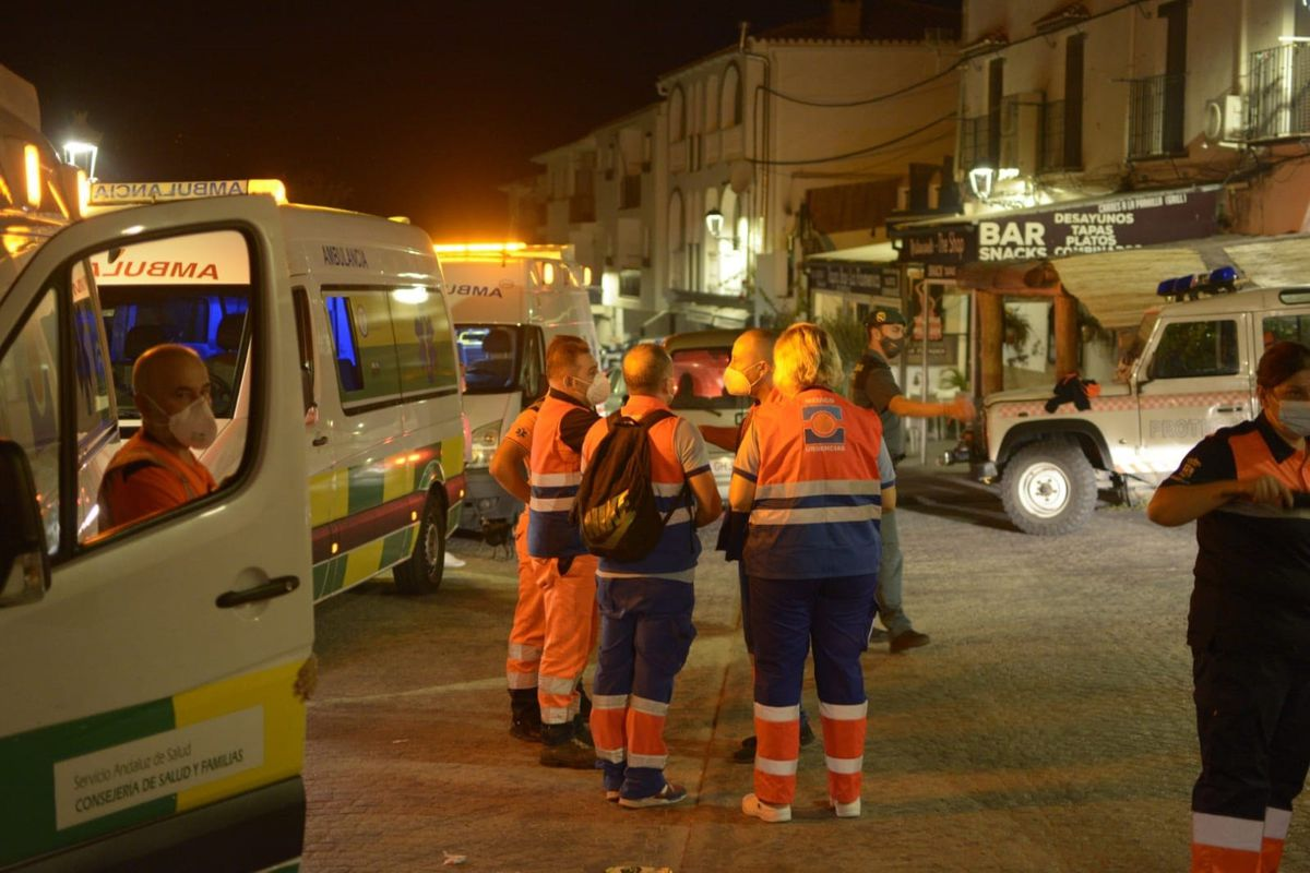 Un nuevo frente en el cuerpo de bomberos evacuó dos municipios de la Sierra Bermeja de Málaga  España