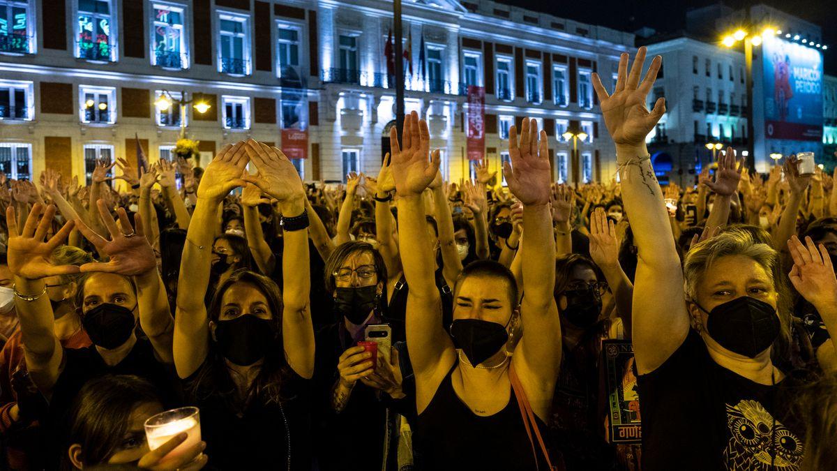 Uno de cada cinco jóvenes en España cree que la violencia machista no existe, dos veces desde hace más de cuatro años    Comunidad