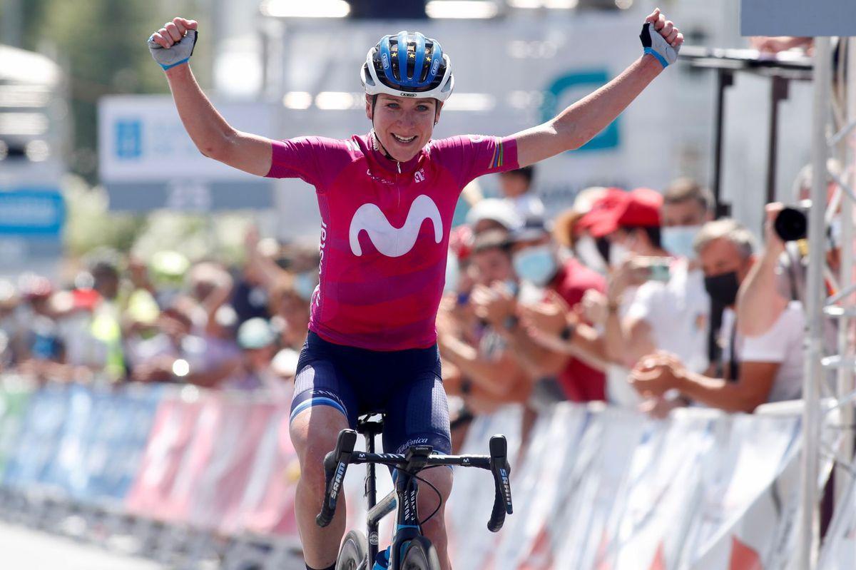 Van Vleuten abre el camino a todos en la Vuelta femenina  deporte