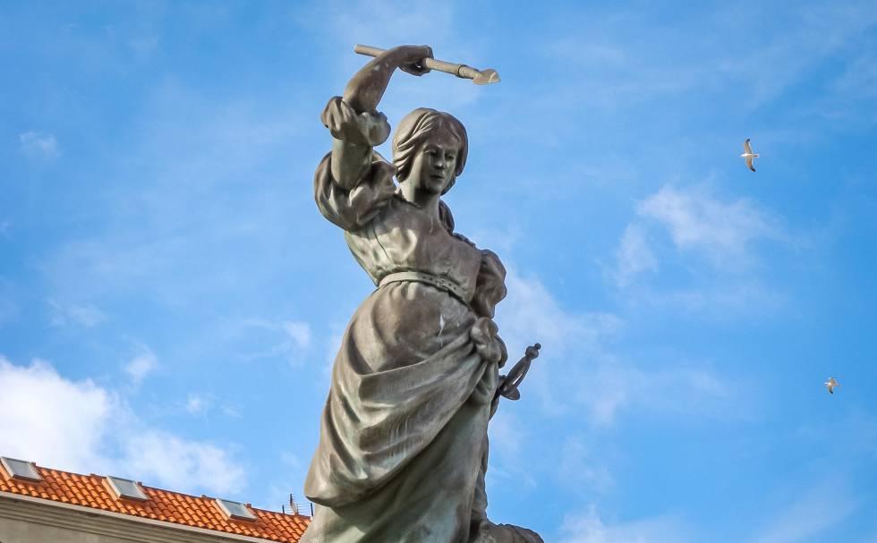A Coruña, la ciudad de las mujeres