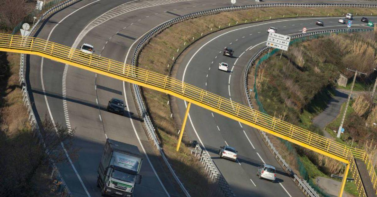 AP-9: La autopista más transitada de Galicia encuentra la manera de ser libre  Ciencias económicas