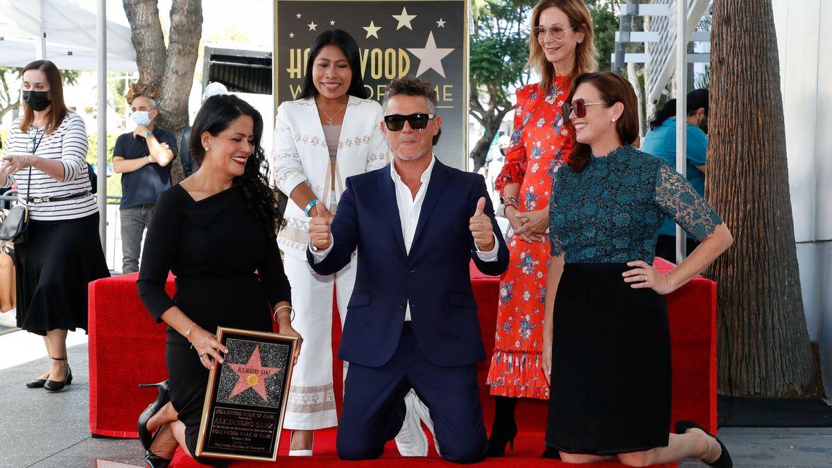 Alejandro Sans ya tiene su estrella en el Paseo de la Fama  Gente