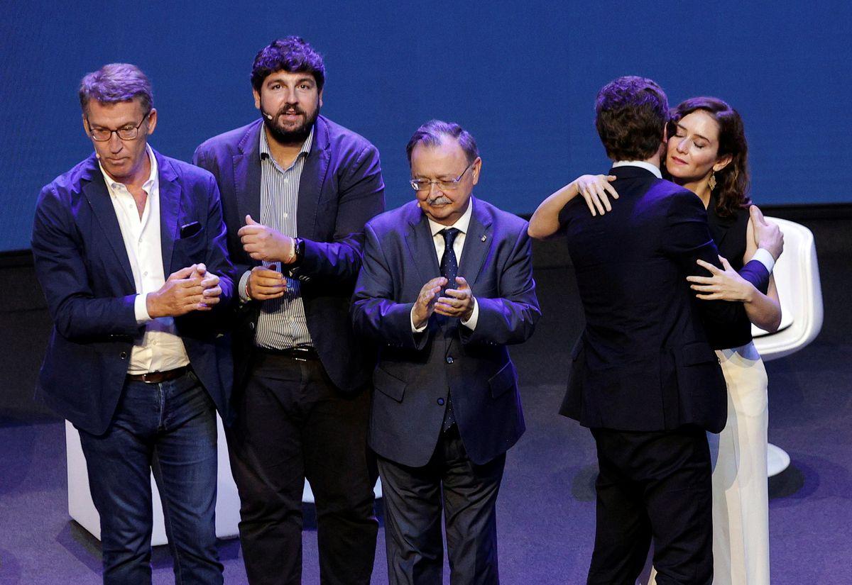 """Convención PP: Todos juntos: """"Gracias, Pablo""""  España"""