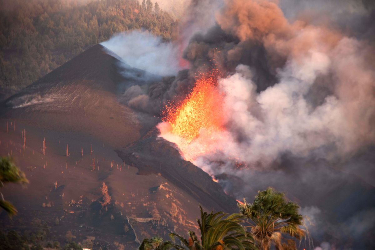 Cumbre Vieja: Últimas noticias del volcán en erupción de La Palma, en directo |  La erupción del volcán de la Palma crea un tercer estuario  España