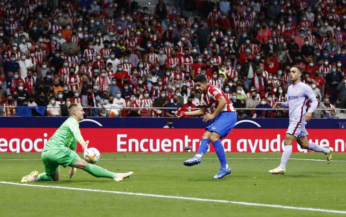 El Atlético gradúa al Barça, que no tiene nada  deporte