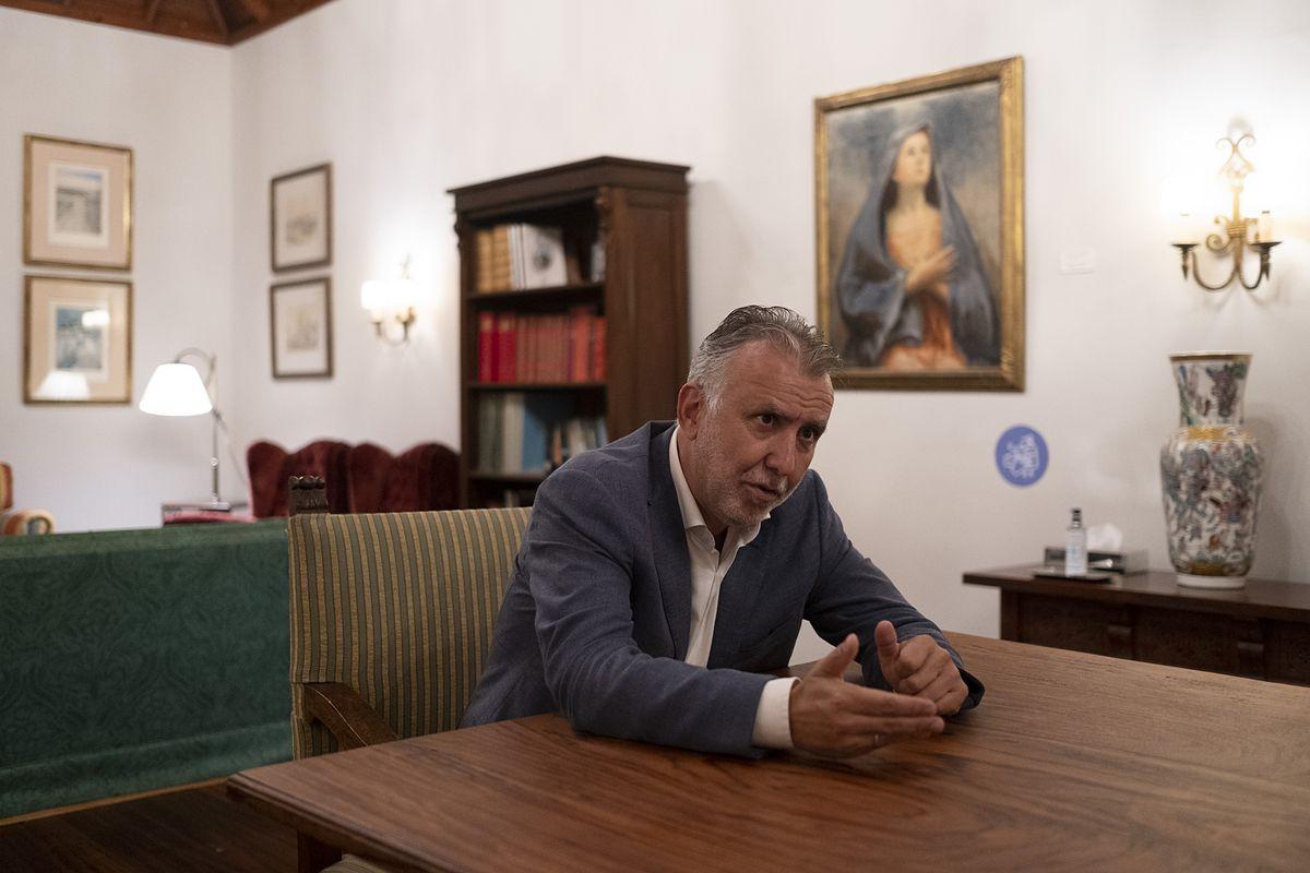 """""""No se conoce una etapa de tanta agitación en la historia de Canarias"""".  Comunidad"""