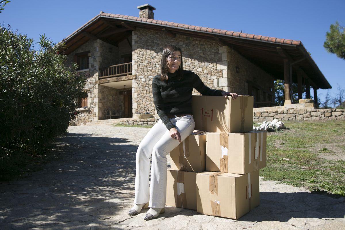 Y Elena se quedó sin choza: de promotora inmobiliaria a activista de desalojos  Madrid